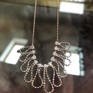 Jewelry - Rhinestones on pretty silver necklace